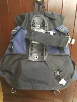 Scubapro BCD with integrated weight pouches